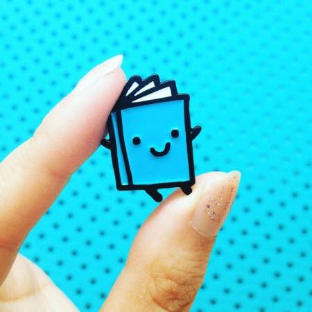 Pin: Smiley Book